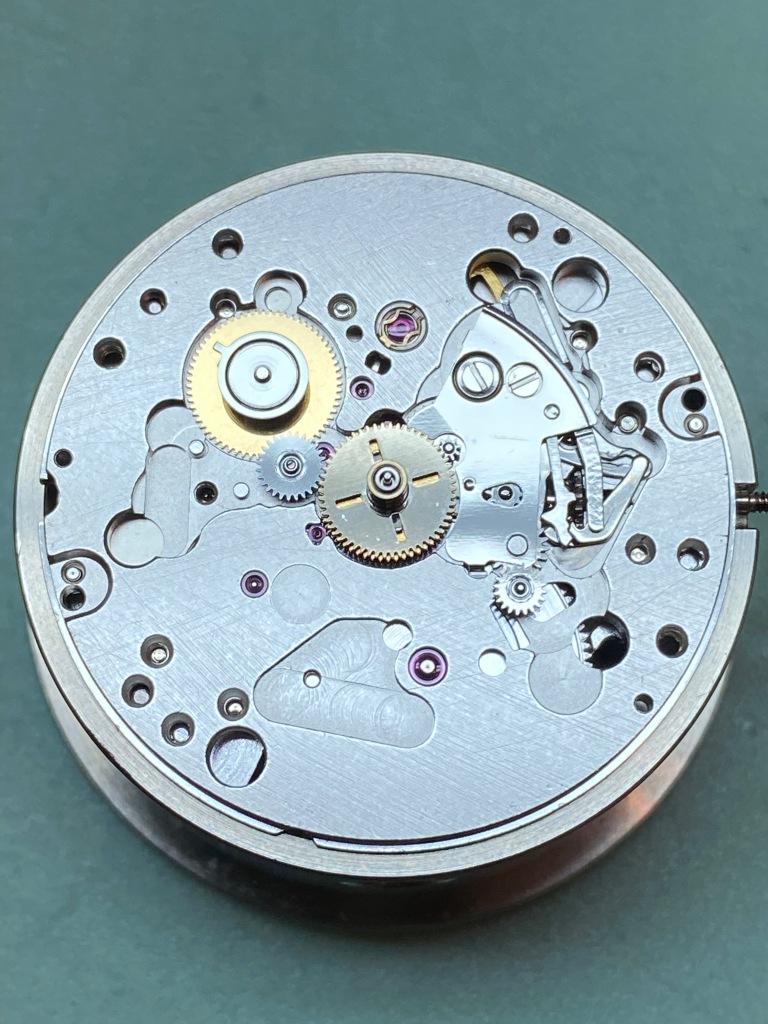 Omega 1128 calibre