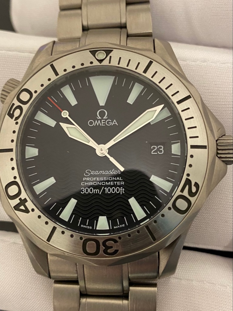 Omega divers service