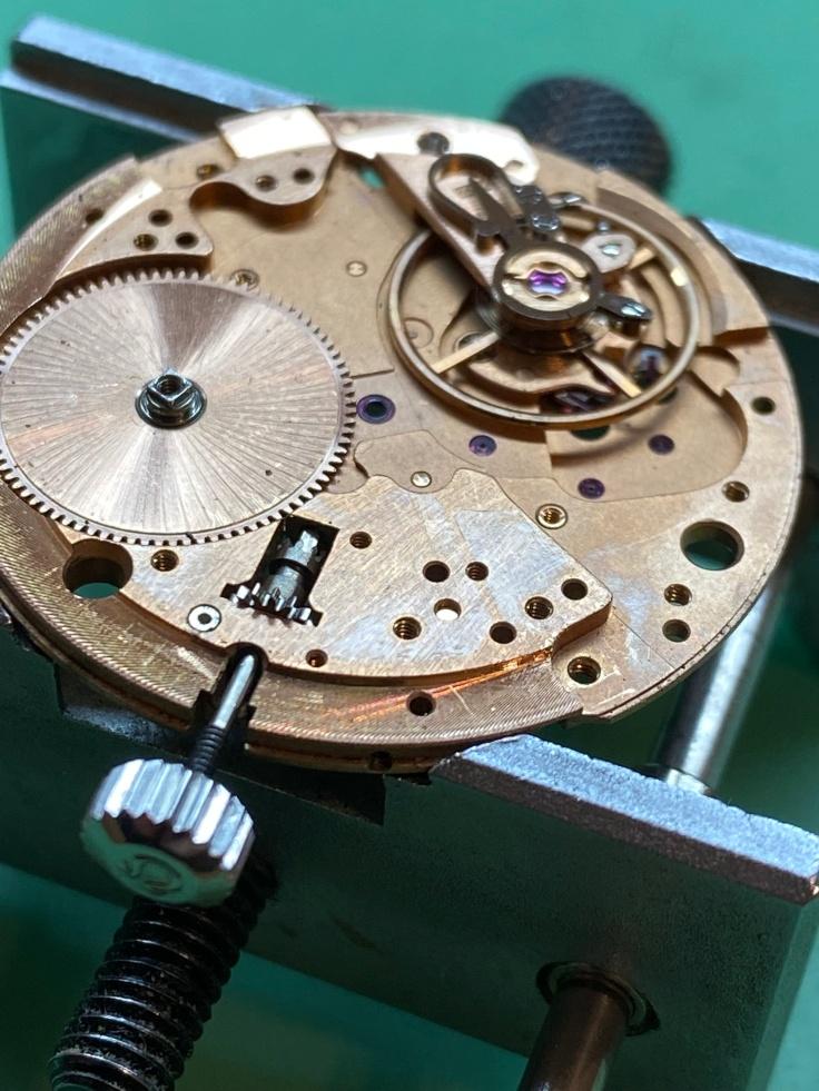 Omega calibre 564